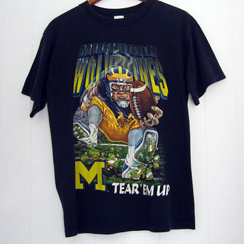90s Vintage University of Michigan Wolverines Football T Shirt M L