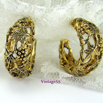 Vintage Earrings Hoop Grape Vine Motif pierced post