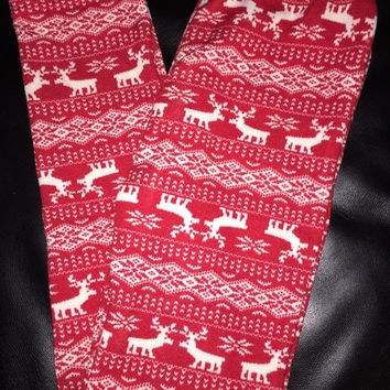 Ladies Red reindeer & snowflake fleece leggings size small/medium
