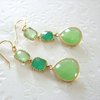 Green dangle earrings / Preppy  jewelry /  Spring fashion / Green Fashion / Green earrings / Bridesmaid gift / gift for her
