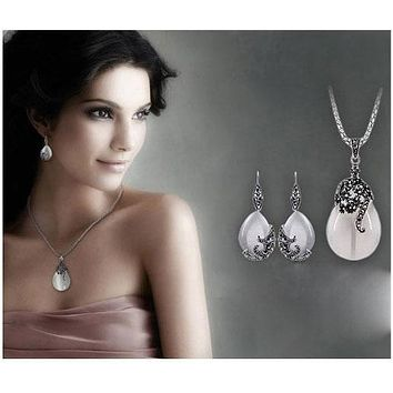 """Jemmin New Retro Silver Fashion Opal Water Drop Flower Pendants Long Necklaces And Drop Earrings Jewelry Sets Corn Chains 30"""""""