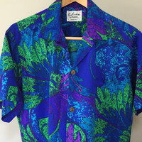 Vintage 1970s Hawaiian Blouse, plus size Vintage Hawaiian Shirt, Blue Green Short Sleeve Blouse XL Funky 70s Honolulu Tropical Print Blouse