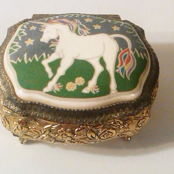 Vintage Music Box, Sankyo Music Box, Windup Jewelry Box, Children's Lullaby\. Japan Movement, Nursery Rhyme Music Box, Metal and Porcelain