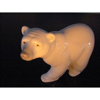Lladro Polar Bear Porcelain Spanish Figurine Made in Spain Marked Numbered