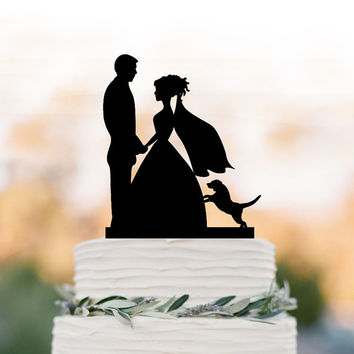 Wedding Cake topper with dog, Bride and groom silhouette cake topper. wedding cake decoration. unique cake topper