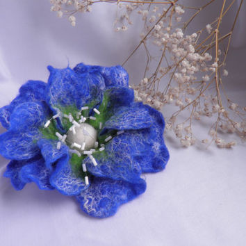 Felt flower brooch blue with mobile beads in center by Marywool