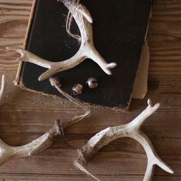 Set Of 6 Natural Resin Antler Christmas Ornaments