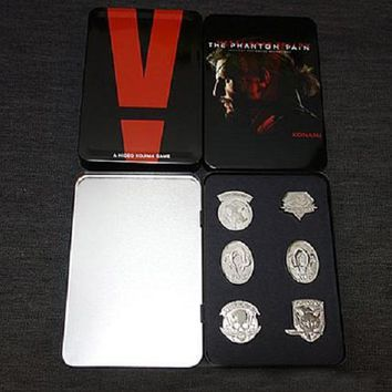 Game MGS 5 Metal Gear Solid V The Phantom Pain Metal Badges Brooches Pins Set with Iron Box Collectibles Accessories