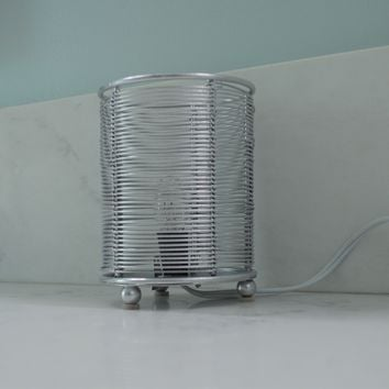 Metal Painted Silver Wire Cylinder Accent Light