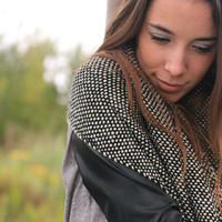 Black White wrap, Handwoven  shawl with wool yarn by Texturable - Ready to ship -