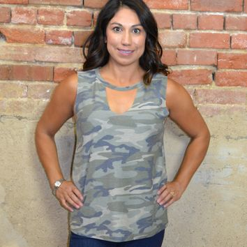 Camo Sleeveless Choker Top