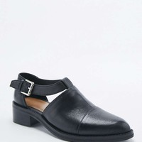Gage Cut-Out Buckle Leather Shoes - Urban Outfitters