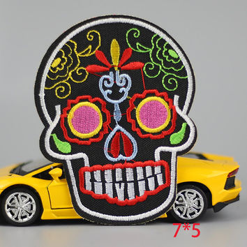 HOT sale 1Pc skull Skeleton head colorful Iron On Embroidered Patch For Cloth Cartoon Badge Garment Appliques DIY Accessory