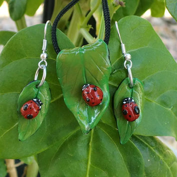 Red Lady Bug Necklace Earring Set