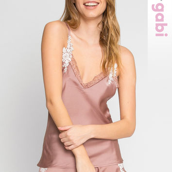 Daisy Satin Embroidered Top - Look Stunning | Wet Seal