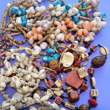 Vintage Jewelry Lot Detash Craft Supply Misc Parts DIY Repurpose  /  Steampunk  / Necklace  /  Sea Shells Venetian Beads Charms Wood Carved