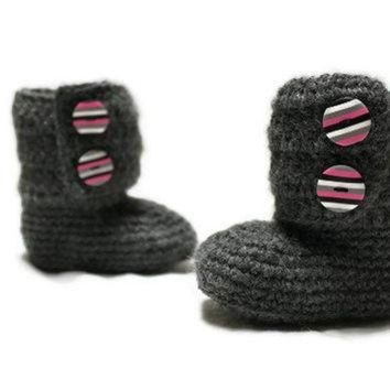 ICIK8X2 Crochet Baby Ankle Boots, Ugg Style, READY TO SHIP