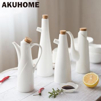 Ceramic Gravy Boats Porcelain Olive Oil Pot Soy Sauce Vinegar Seasoning Can Oil Bottle Kitchen Cooking Tools Storage Bottles