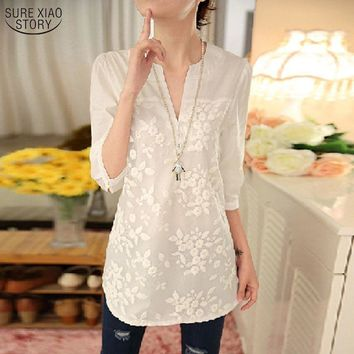 2017 New Summer Korean Women Blouse Flower Print Blouse V-neck Organza Embroidered Shirt White Lace Blouse Top Plus Size 566F 25