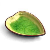 Summer plate SALE* Leaf Shaped plate, Emerald Green,  Sushi plate, Ring plate. Soap Dish, Appetizer Plate - JingGu Fine Porcelain
