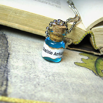 Zombie Antidote Glass Vial Pendant - Cork Bottle Necklace - Walking Dead Virus Cure Charm