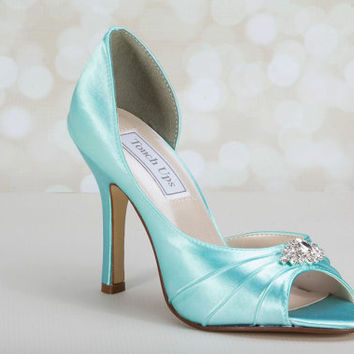 Wedding Shoes -  Heel 3.5 Inches  Custom Wedding Shoes - Choose From Over 150 Color Choices - Davids Bridal Colors Available - Bespoke Shoes