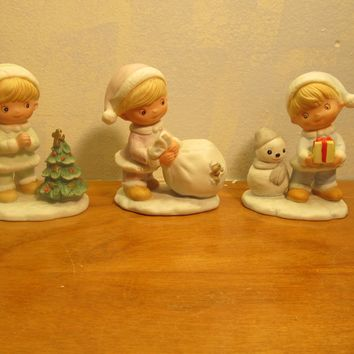 set of three homco Christmas figurines #5613 made in Taiwan