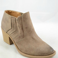 Chic Tobain Booties