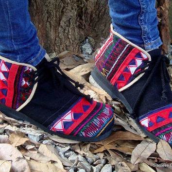 Akha Moccasin Shoe In Colorful Tribal Appliqué on Black