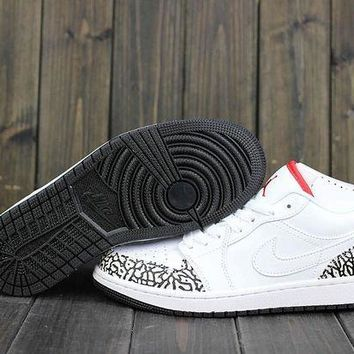 DCCKIJ2 Men's Nike Air Jordan 1 Retro Low Leather Crackle Basketball Shoes White
