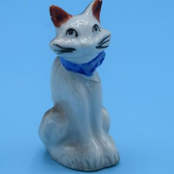 Japan Miniature Cat Figurine Vintage Siamese Cat Ceramic Figurine Kitty Kitten Mini Figure Shadowbox Decor Desk Vanity Figurine