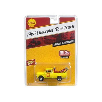 "1965 Chevrolet Tow Truck ""Shell"" Yellow 1/64 Diecast Model Car by Johnny Lightning"