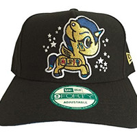 tokidoki Women New Era 9Forty Trucker Snapback Hat (Cleo Black)