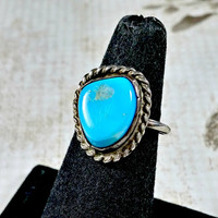 Vintage Turquoise Ring Sterling Silver Size 5.5 Southwest Southwestern Jewelry Style Solitaire Single Turquoise Stone Handmade Hand Wrought