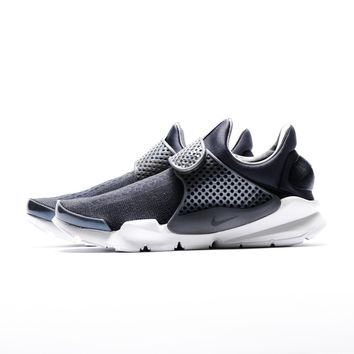 AA DCCK Nike Sock Dart KJRCD PRM - Black/Dark Grey/White