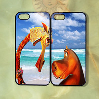 Gloria and Melman Couple Case Madagascar-iPhone 5, iphone 4s, iphone 4, ipod touch Samsung GS3 GS4-Silicone or Hard Plastic Case, cover