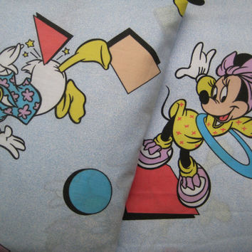 RARE Vintage Disney Minnie Mouse Mickey Mouse Donald Duck TWIN Size Sheet Set 2 Piece Fat Fitted Craft Fabric Clean Kids Bedding Clean USED