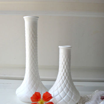 Vintage Milk Glass Vase Set of 2 Two Bud Vases Hoosier French Cottage - Beach Decor -- Farm Decor Shabby Chic - Wedding Decor - Cut Glass