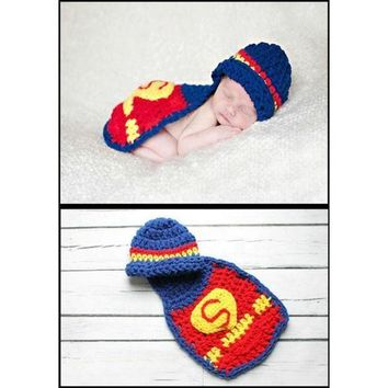CREYUG3 Hand- knitted suits newborn baby clothes one hundred days Photographic Superman costume baby photos (Size: 0, Color: Red) = 1945983492