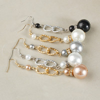Delicate Pearl Drop Fashion Earrings (Black, White,Gold Bronze, Silver)
