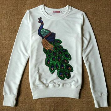 2017 Autumn Winter Women Beaded Sequins Peacock Hoody Sweatshirt Female Harajuku Vintage Bird Pullover Hoodie Sweatshirts Tops