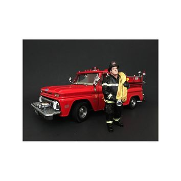 Firefighter Job Done Figurine / Figure For 1:24 Models by American Diorama