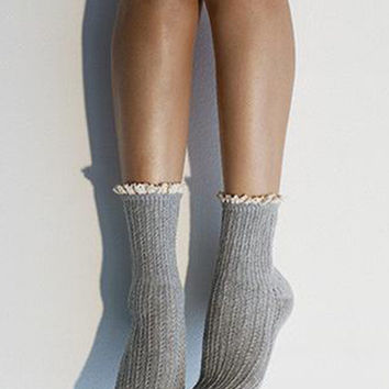Pointelle Crew Socks