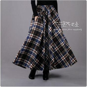 2017 Winter Europe Fashion Blue Black Plaid Skirt Women's Elastic Waist Retro Wool Skirt Casual Maxi Skirt Saia Long Kilt
