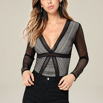 LACE V-NECK BODYSUIT