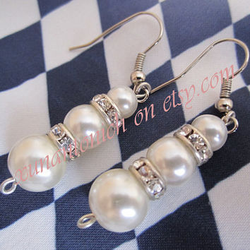 the pearls earring , bridal accrssories , rhinestone accessories , wedding earring