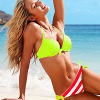 2013 New sexy Two-Piece Separates swimwear Hit-color art romance tankini bathing suits (M)