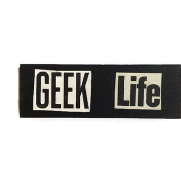 GEEK LIFE fridge magnet BLACK Unique Retro Decor for Home or Office Quirky Stocking Filler