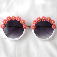 Daisy Dream Sunglasses (coral)