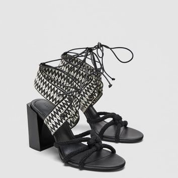 TIED BLOCK HEEL SANDALS